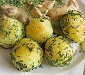 Gebratene Kartoffeln mit Kräutern