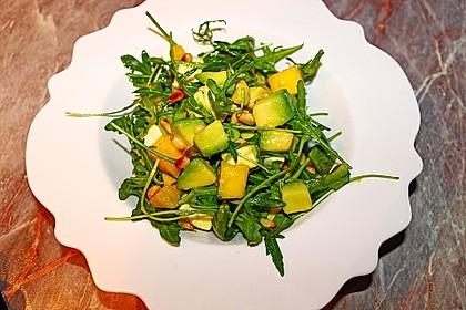 Avocado-Mozzarella-Salat mit Mango 38