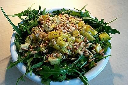Avocado-Mozzarella-Salat mit Mango 60