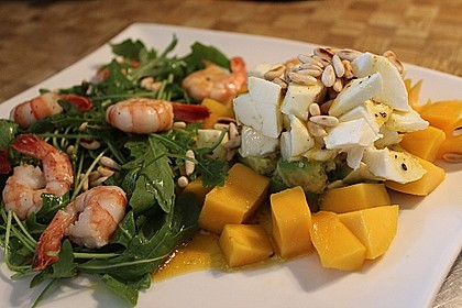 Avocado-Mozzarella-Salat mit Mango 35