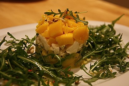Avocado-Mozzarella-Salat mit Mango 10