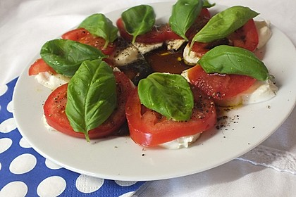 Mozzarella - Tomaten - Salat  II 1