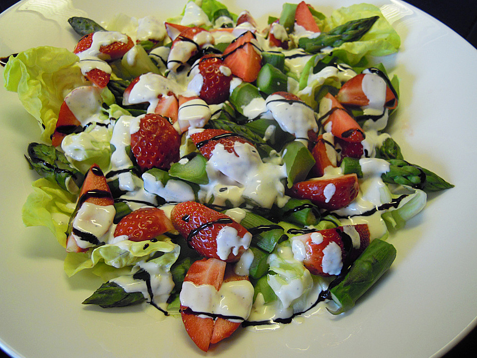 spargel erdbeer salat ein sehr leckeres rezept. Black Bedroom Furniture Sets. Home Design Ideas