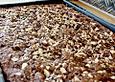 Urmelis schokoladiger Zucchini - Kuchen mit Schoko - Nuss - Decke