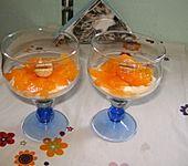 Joghurt - Pfirsich - Dessert mit Amarettini