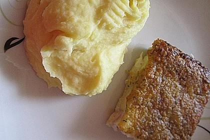 Schlemmerfilet à la Bordelaise mit Gurkensalat und Stampfkartoffeln 4