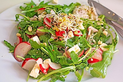Rucola - Radieschensalat mit Feta