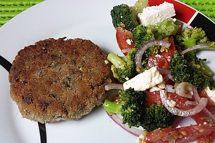 Mediterraner Brokkoli Salat 2