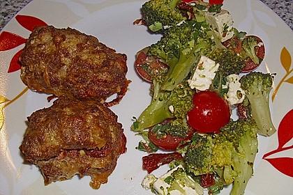 Mediterraner Brokkoli Salat 17