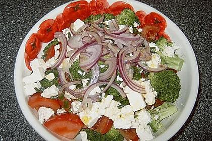 Mediterraner Brokkoli Salat 31