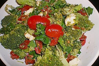 Mediterraner Brokkoli Salat 37