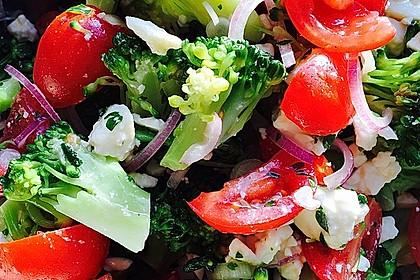 Mediterraner Brokkoli Salat 19