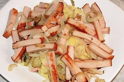 Biergarten - Salat mit Fleischkäse 5