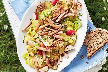 Biergarten - Salat mit Fleischkäse 1