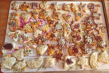 Kekse oder Plätzchen zum Ausstechen 24