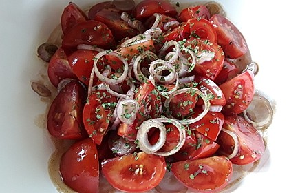Tomatensalat auf italienische Art 12