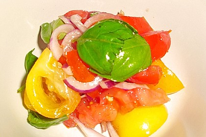Tomatensalat auf italienische Art 16