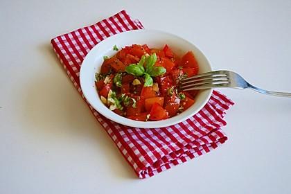 Tomatensalat auf italienische Art 11