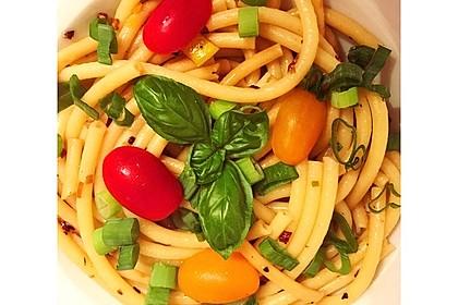 Spaghetti aglio, olio e peperoncino 20