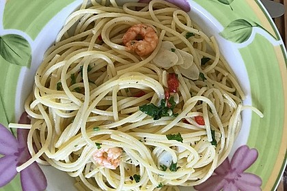 Spaghetti aglio, olio e peperoncino 17