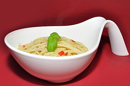 Spaghetti aglio, olio e peperoncino 5