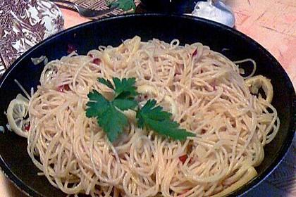 Spaghetti aglio, olio e peperoncino 35
