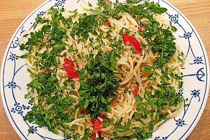 Spaghetti aglio, olio e peperoncino 30