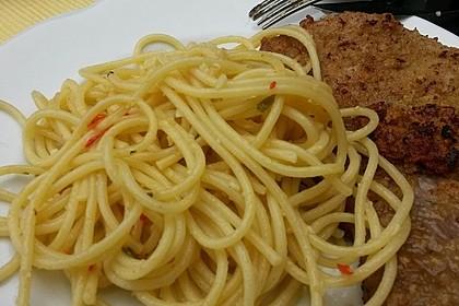 Spaghetti aglio, olio e peperoncino 34