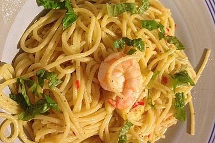 Spaghetti aglio, olio e peperoncino 12