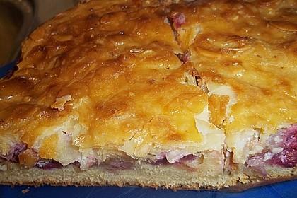 Schneller Rhabarberkuchen mit Mandelguss 0