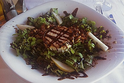 Salat mit  Ziegenkäse 0