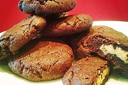Schoko - Cookies mit Erdnussbutter - Füllung 18