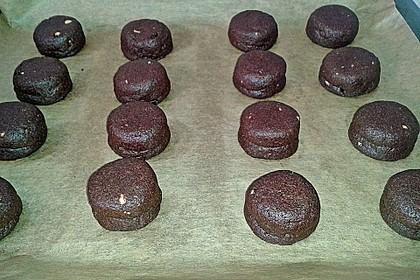 Schoko - Cookies mit Erdnussbutter - Füllung 36