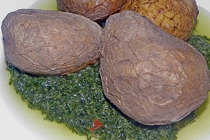 Pellkartoffeln mit Kräutersauce auf spanische Art 5