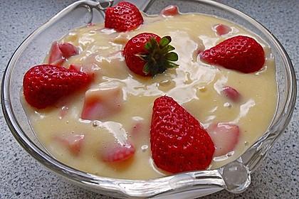 Vanillepudding mit Erdbeeren 1