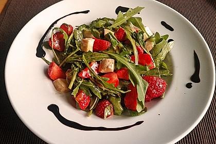 Rucola - Erdbeer - Salat mit Mozzarella 3