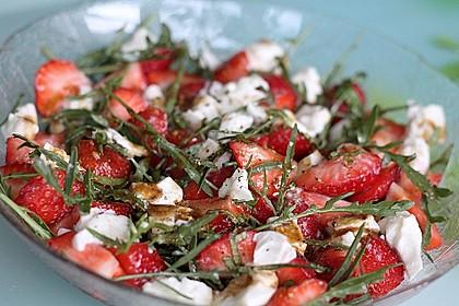 Rucola - Erdbeer - Salat mit Mozzarella 4