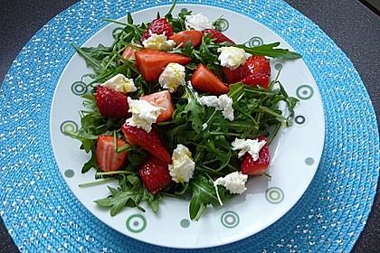 Rucola - Erdbeer - Salat mit Mozzarella 6
