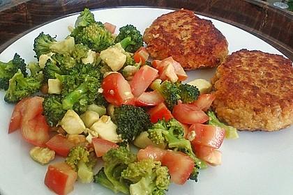 Knackiger bunter Brokkolisalat 0
