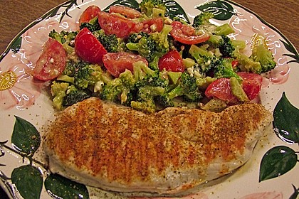 Knackiger bunter Brokkolisalat 17