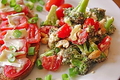 Knackiger bunter Brokkolisalat 5