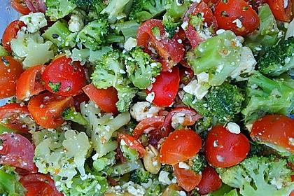 Knackiger bunter Brokkolisalat 18