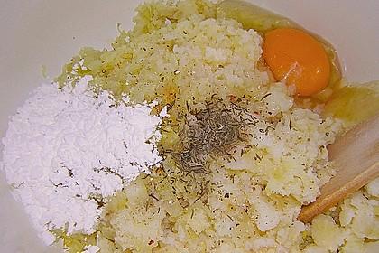 Kartoffelfrikadellen gefüllt mit Schafskäse 37