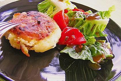 Kartoffelfrikadellen gefüllt mit Schafskäse 2