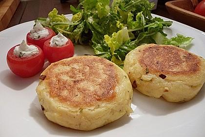 Kartoffelfrikadellen gefüllt mit Schafskäse 4