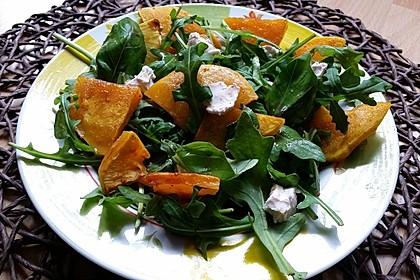 Lauwarmer Kürbissalat mit Rauke, Basilikum und Ziegenkäse 6