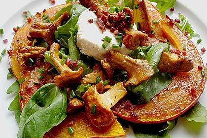 Lauwarmer Kürbissalat mit Rauke, Basilikum und Ziegenkäse 1