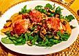 Lauwarmer Kürbissalat mit Rauke, Basilikum und Ziegenkäse