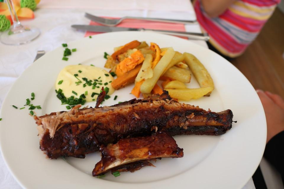 Spareribs Niedertemperatur Gasgrill : Spare ribs zum grillen oder für den backofen chefkoch.de