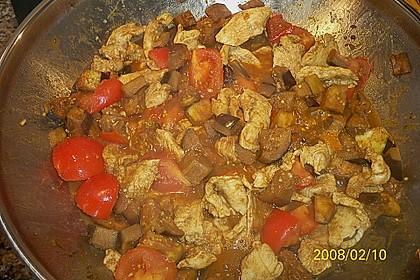 Hühnerbrustfilets mit Auberginen und Kreuzkümmel 0